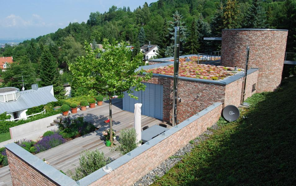 Dachbegrünung auf einem privaten Wohngebäude in Reutlingen