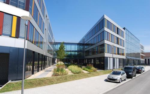 Gründach der Tiefgarage des Technologiezentrums MAFINEX in Mannheim