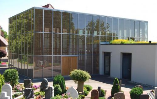 Dachbegrünung der Aussegnungshalle der Gemeinde Schönaich