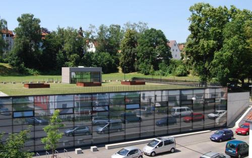 Gründach des Kultur- & Sportzentrums in Stuttgart-Münster