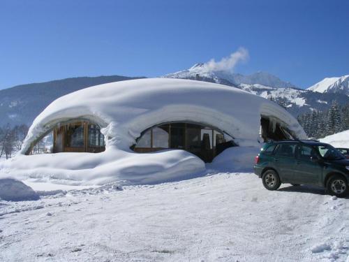 Das Golfhaus Ehrwald in der österreichischen Zugspitz-Region im Winter