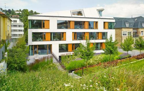 Gartendach des Architekturbüros Blocher Partners in Stuttgart